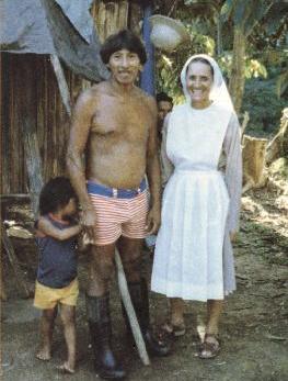 Inés Arango, asesinada junto a Alejandro Labaka en manos de una familia tagaeri en 1987