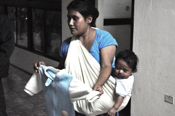 Mujeres llegaron con sus hijos más pequeños. Los mayores se quedaron en sus comunidades